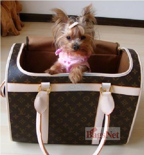 lv可爱宠物包价值17000元rmb